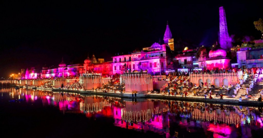 The Indian city of Ayodhya lit with lights and diyas on Diwali 2017